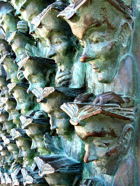 The Reading Head in La Rochelle, France.